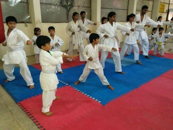 Dronacharya Public School